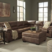 Bladen Coffee Sectional Living Room Group