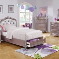 Caroline Metallic Twin Bed