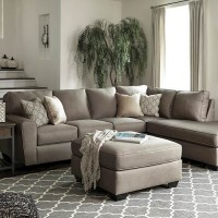 Calicho Cashmere Sectional Living Room Group
