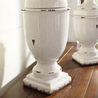 Devorit Antique White Jar