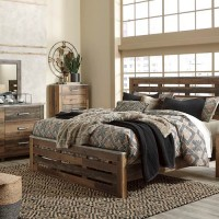 Chadbrook Brown Bedroom Set