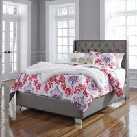 Coralayne Silver Full Upholstered Bed (Grey)
