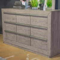 Anibecca Weathered Gray Dresser
