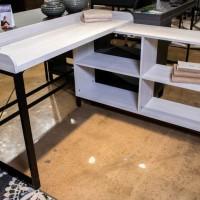 Bayflynn Whitewash L-Desk